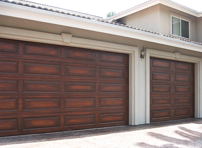 Faux wood garage door wageuzi for Faux painted garage doors